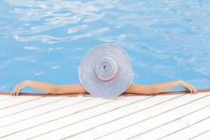 The Benefits of Hiring a Professional Pool Builder for your Swimming Pool